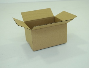 16x12x11 simple cannelure     1440 cartons a 0.18 €