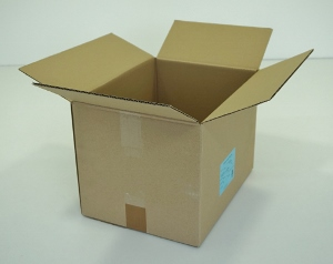 38x29x27 simple cannelure       400 cartons a 0.52 €