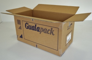 79x41x42 double cannelure      150 cartons a 1.20 €