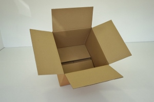 50x50x25 double cannelure     150 cartons à 2.21€